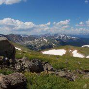 Hiking Mt. Sniktau from Loveland Pass
